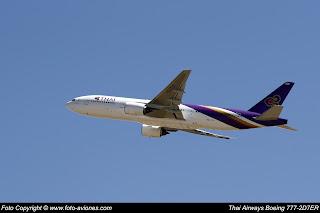 AVIÓN BOEING 777 HS-TJT