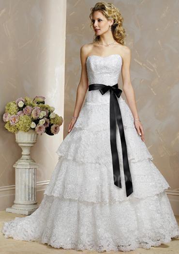 royal wedding dress 2011. Strapless Wedding Dress