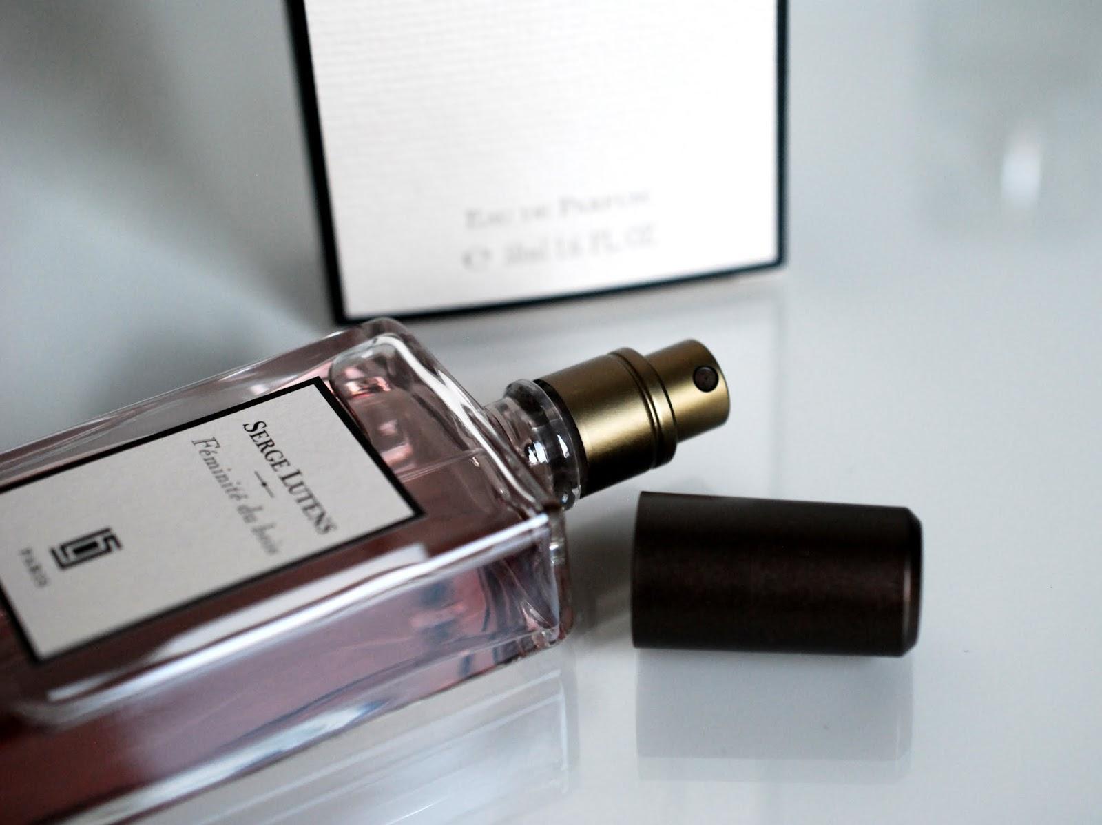 Serge Lutens Féminité du bois Parfum Review