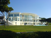 Casa mansión bonita blanca