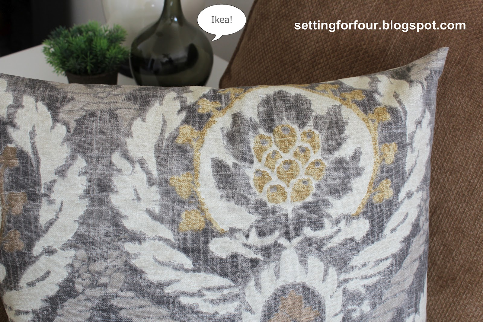 diy pillow cover 5 minutes to make setting for four make your own quick and easy pillow covers for your bedroom living room