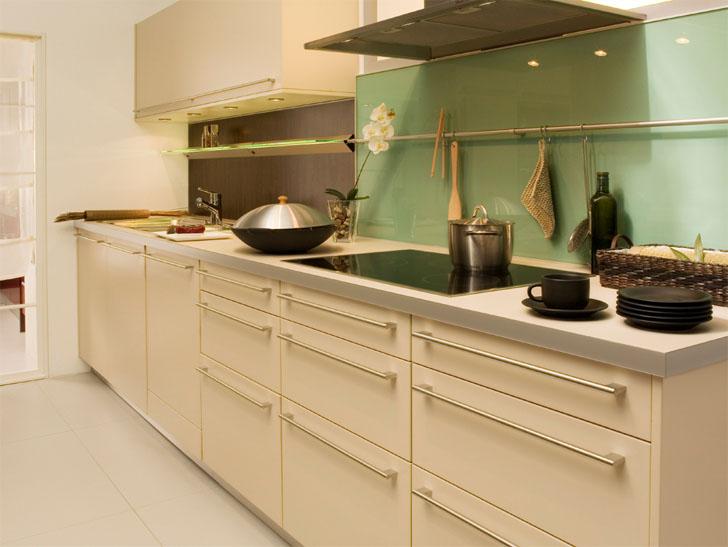 1 kitchen design contemporary galley kitchen 1 for Kitchen design categories
