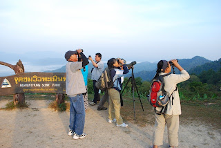 "Thailand <a href=""http://vionm.com/things-to-do-in-bangkok-thailand/thailandhoneymoon-go-on-the-phuket-beach-inward-thailand/"">Beaches</a>: Birdwatching Inwards Kaeng Krachan Np"