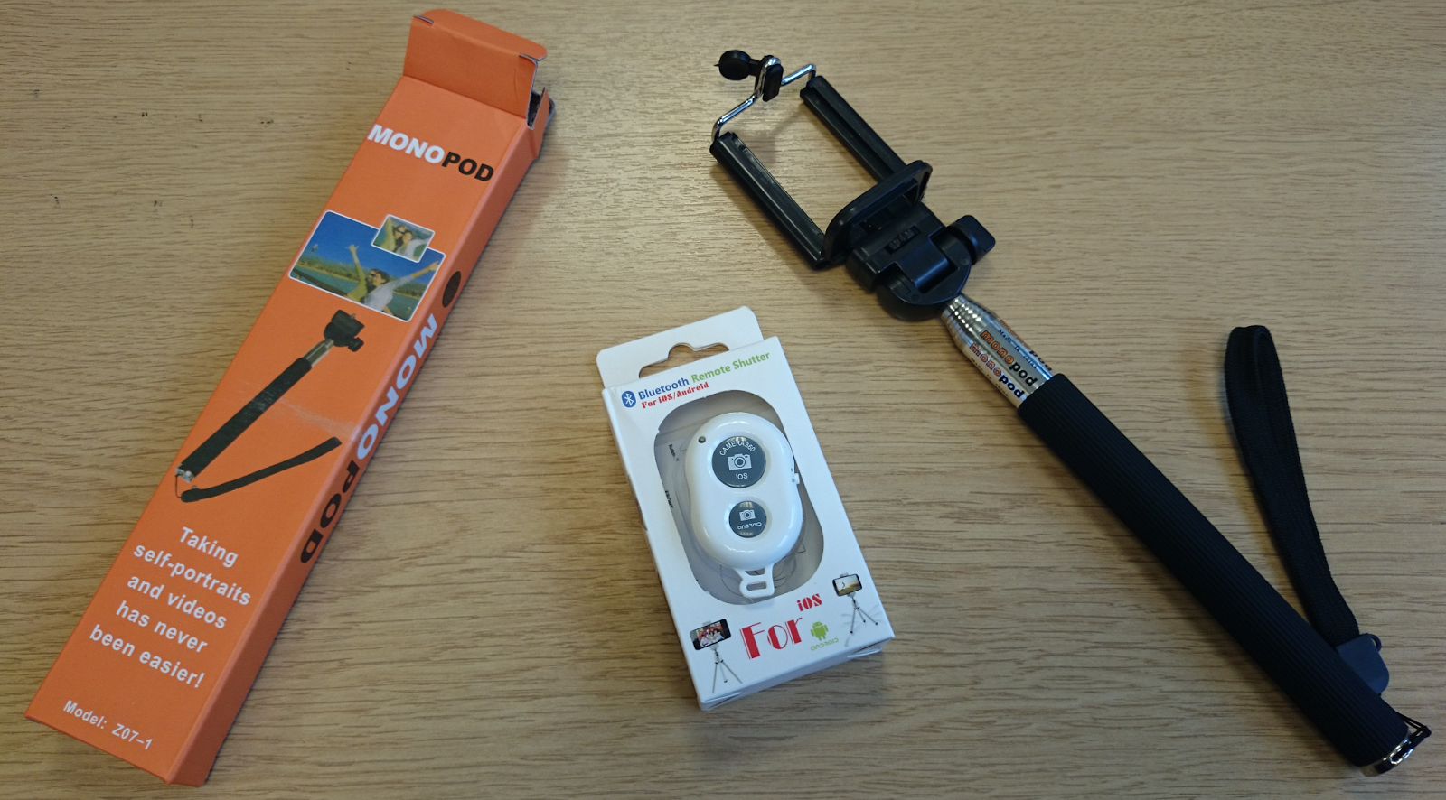 the selfie selfy stick monopod bluetooth remote shutter button review