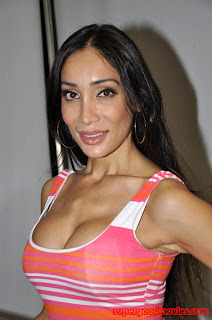 Sofia Hayat sexy photos