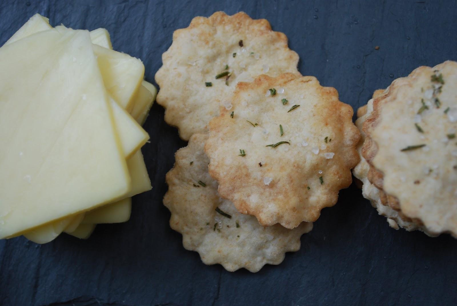 Cheese Please: Rosemary Sea Salt Crackers1600 x 1071 jpeg 137kB