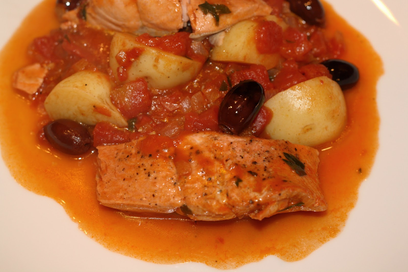 what's for dinner?: salmon and potatoes in tomato sauce... 55 minutes