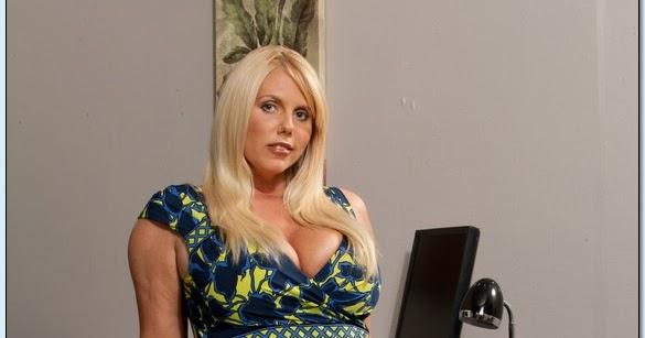 Putri mendem: Karen Fisher - Naughty Office