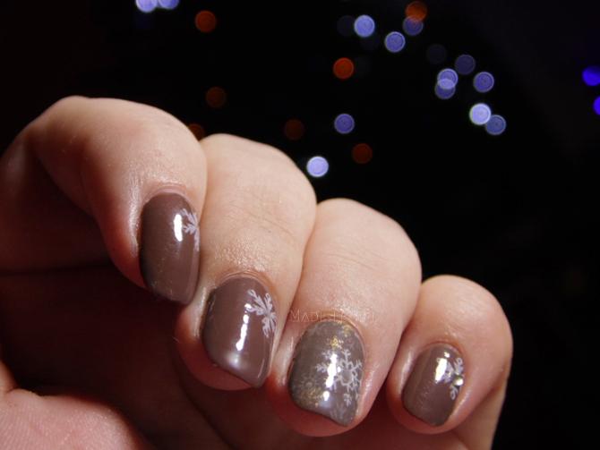 Świąteczny manicure, płytka QA57