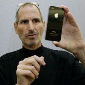 Di Buku Ini, Mendiang Steve Jobs Pernah Hina Pendiri Android!