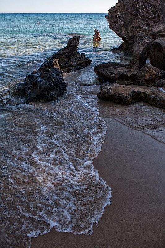 Talasi na plaži Glifada