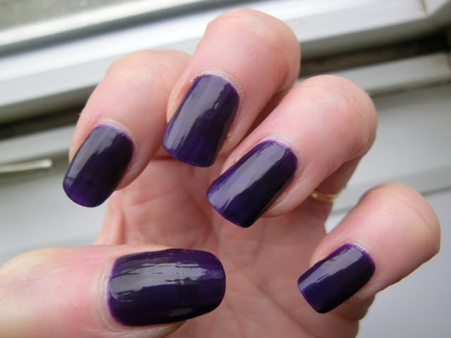 Simple Pleasures purple Polish Swatch