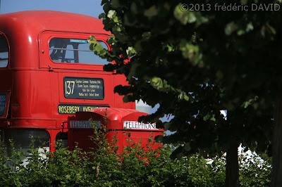 autobus rouge impériale anglais spectacle fête Carré Sénart Lieusaint Seine et Marne