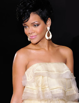 rihanna_wallpaper_03