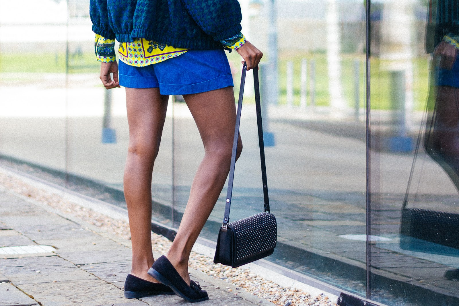Carvela Kurt Geiger, Zara Bag, Urban Outfitters Shorts