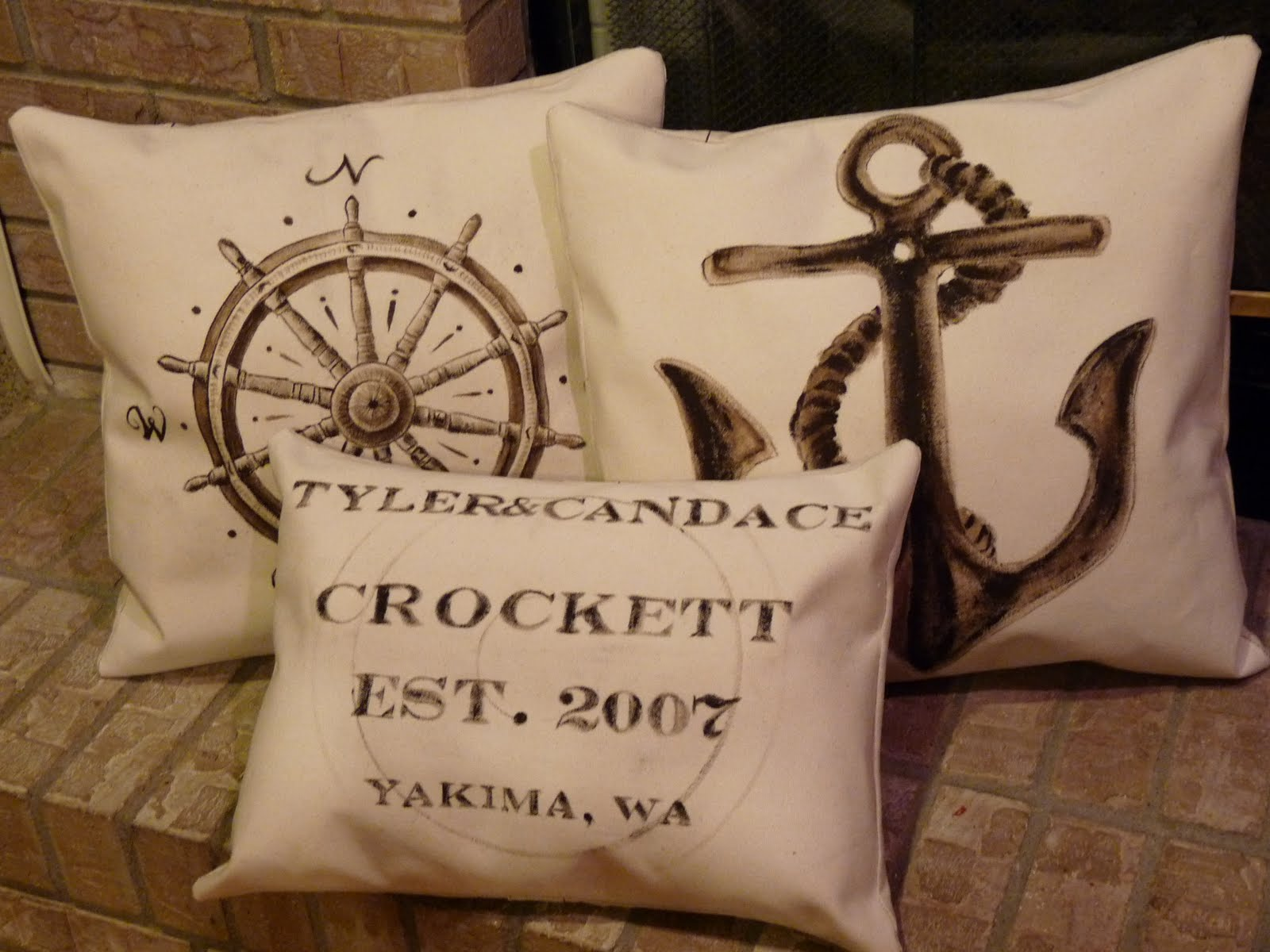 Candace Creations: Restoration Hardware Inspired Pillows - Tutorial