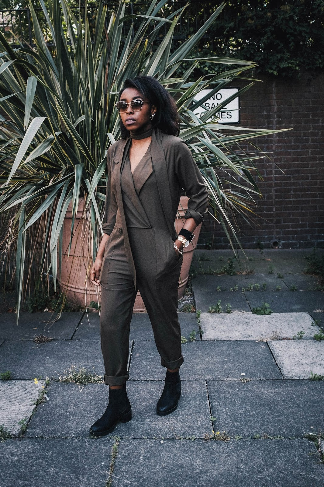 Khaki Missguided Utility Jumpsuit Miu Miu Square Sunglasses