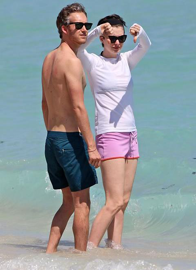 Anne Hathaway no le gusta usar bikini