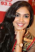Ritu Varma new glam pics-thumbnail-11