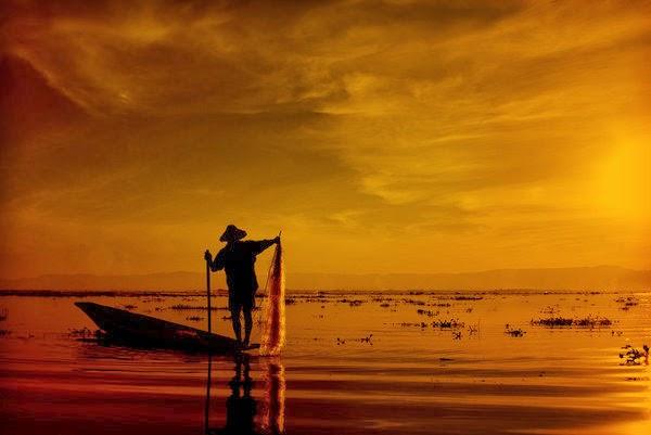 Un-pescador-siempre-reconoce-a-otro-pescador