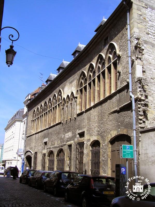 REIMS (51) - Hôtel des Comtes de Champagne