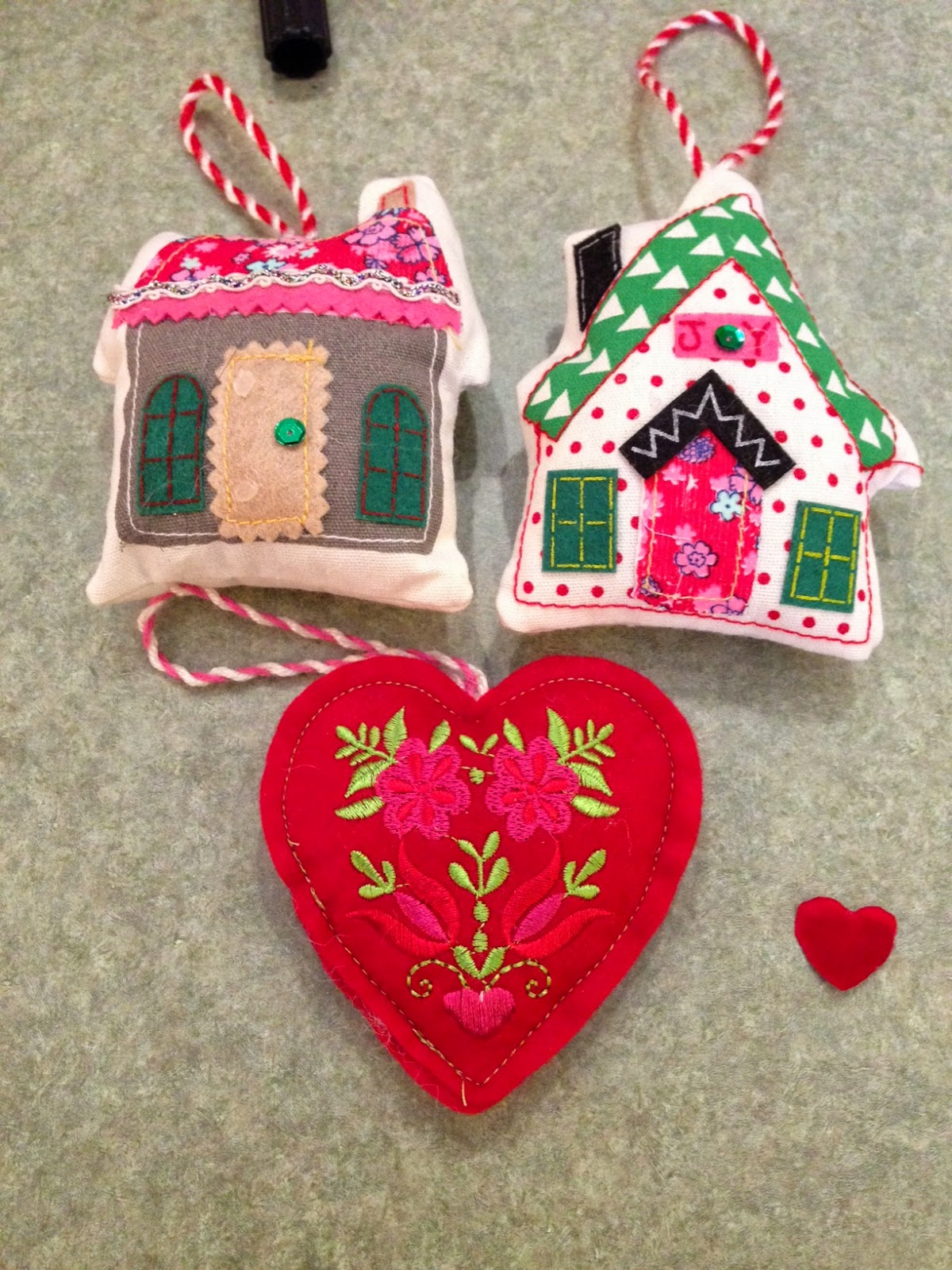 Valentine tree ornaments - Are You Working On Any Special Valentine Projects
