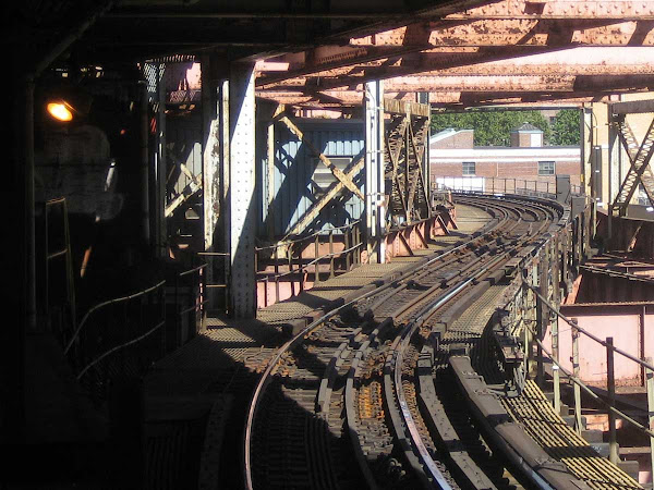 Queensboro Plaza Curve - On the tracks headed for Manhattan.