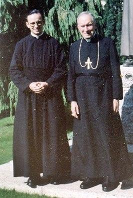 Rev Padre Ernesto Cardozo e Dom Marcel Lefebvre