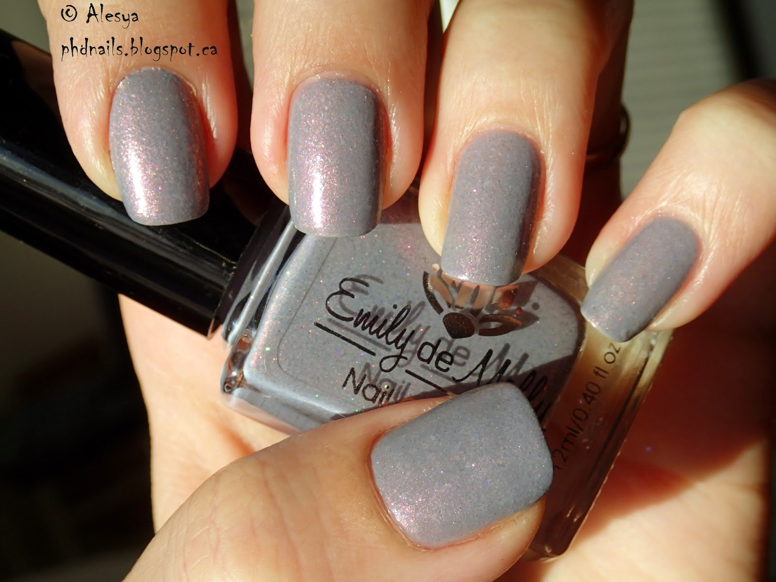 PhD nails: Swatches Emily de Molly Lace man and Chicken of the cave