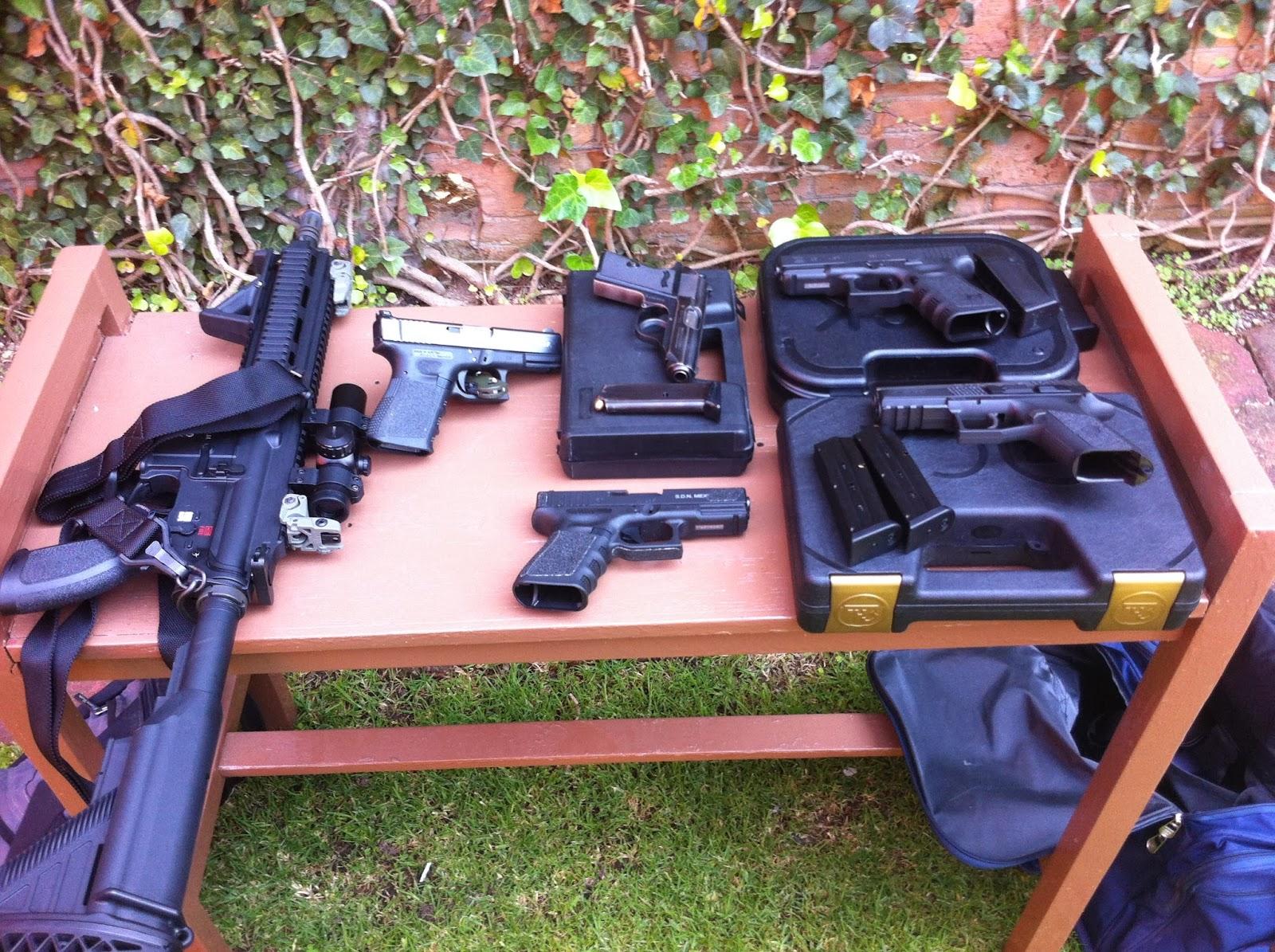 Armas Mexico: Comparación CZ P-07 DUTY .380 ACP vs Glock 25