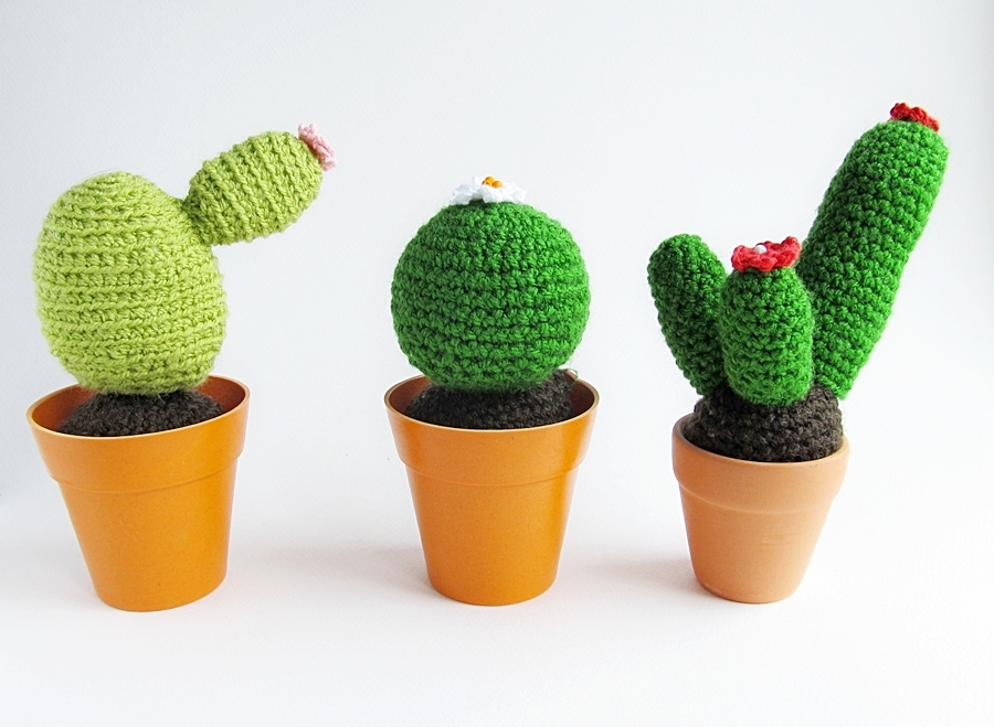 Free Crochet Pattern For Cactus : {Crochet Cacti Pattern} - Little Things Blogged