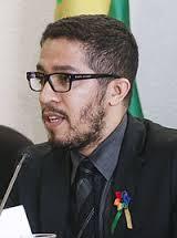 Palestra do Deputado Jean Wyllys sobre a perspectiva legislativa do reconhecimento de direitos a casais homoafetivos.