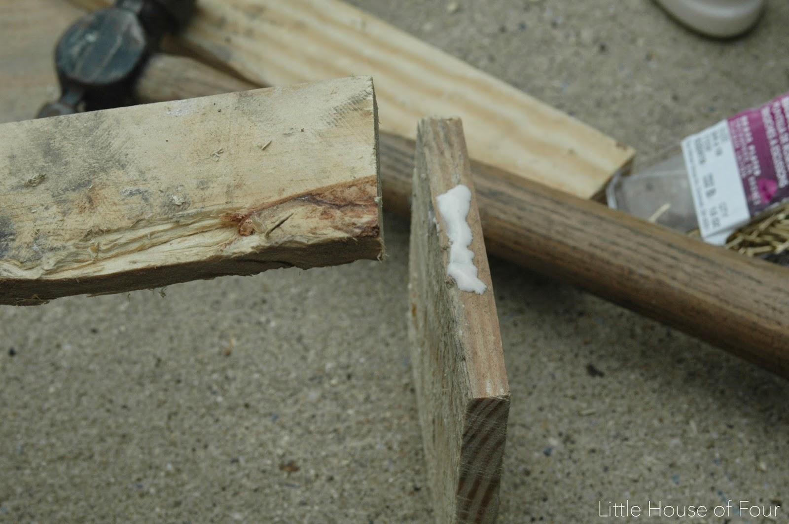 DIY Pallet Utensil Holder