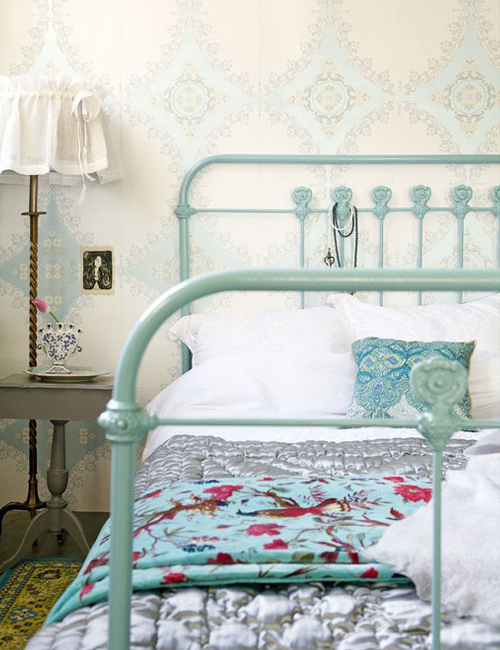 Chicdeco blog 10 dormitorios con camas de hierro - Cabeceros de cama vintage ...
