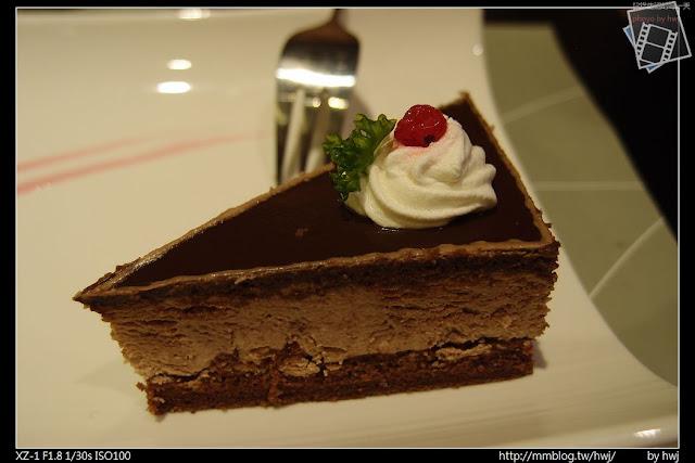 2013-05-09虎尾陶板屋 甜點:玫瑰巧克力慕斯