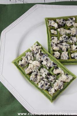 Cocinando entre olivos gofres de espinacas con queso y for Cocinando entre olivos