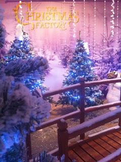 Οι Onirama στα εγκαίνια του The Christmas Factory
