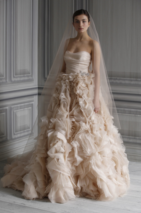 Wedding lady big ruffled wedding dresses for Wedding dresses with ruffles