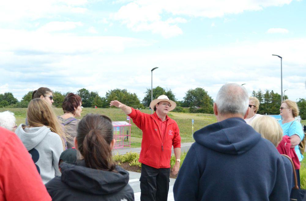 kelpies tour guide park falkirk