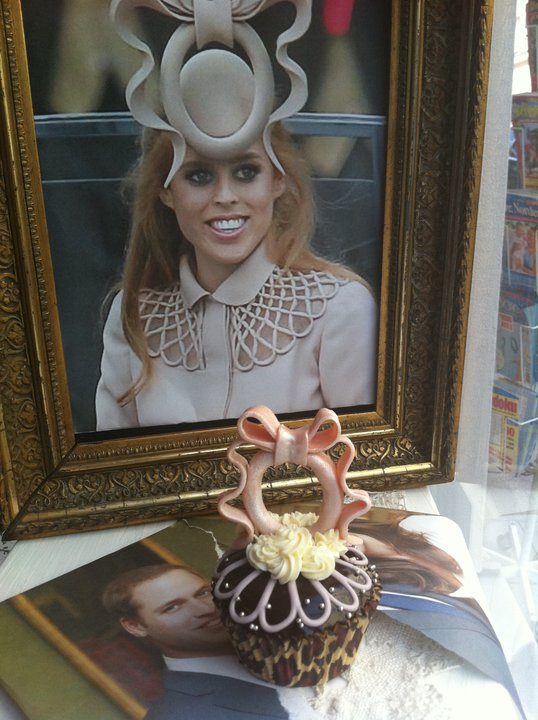 royal wedding cupcakes designs. Royal Wedding cupcakes,
