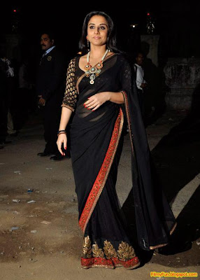 Vidya Balan arrives for the Filmfare Awards at Yash Raj Studio Mumbai_FilmyFun.blogspot.com