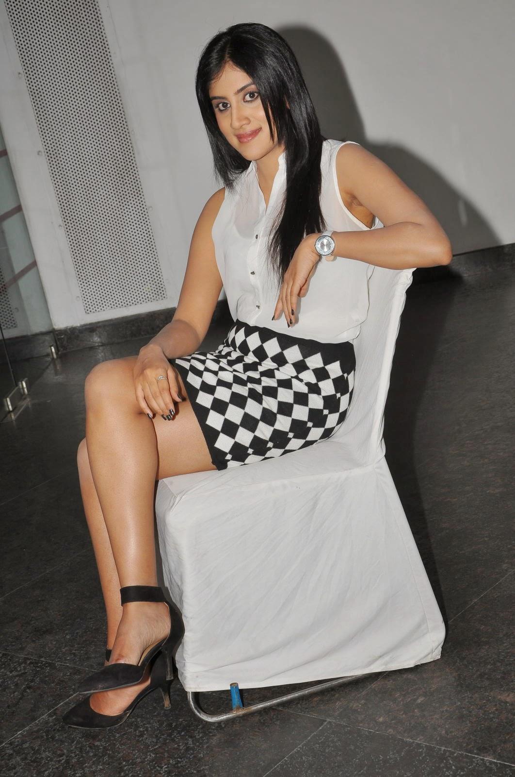 Dhanya Balakrishna Latest Glamorous Photos-HQ-Photo-9