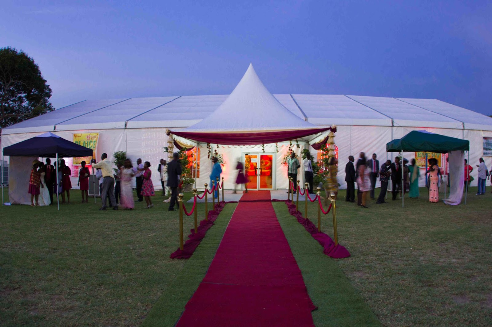 Luxe Weddings in Ghana The Plaice Events Centre. u201cA luxurious mobile air-conditioned tent ... & Ghana Rising: Luxe Weddings in Ghana: The Plaice Events Centre