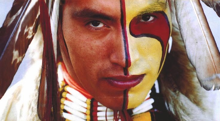 white wolf sacred meaning of indigenous face paints 22 painted faces that tell stories. Black Bedroom Furniture Sets. Home Design Ideas