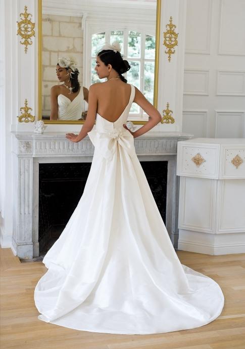 Robes de mariage robes de soir e et d coration robes de mari e eglantine cr - Eglantine emeye mariee ...