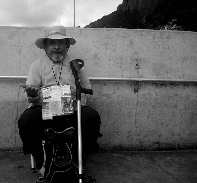 http://rafaelvatecaetano.blogspot.com