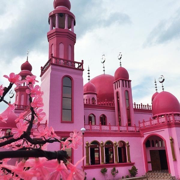 Strawberry Pink Mosque