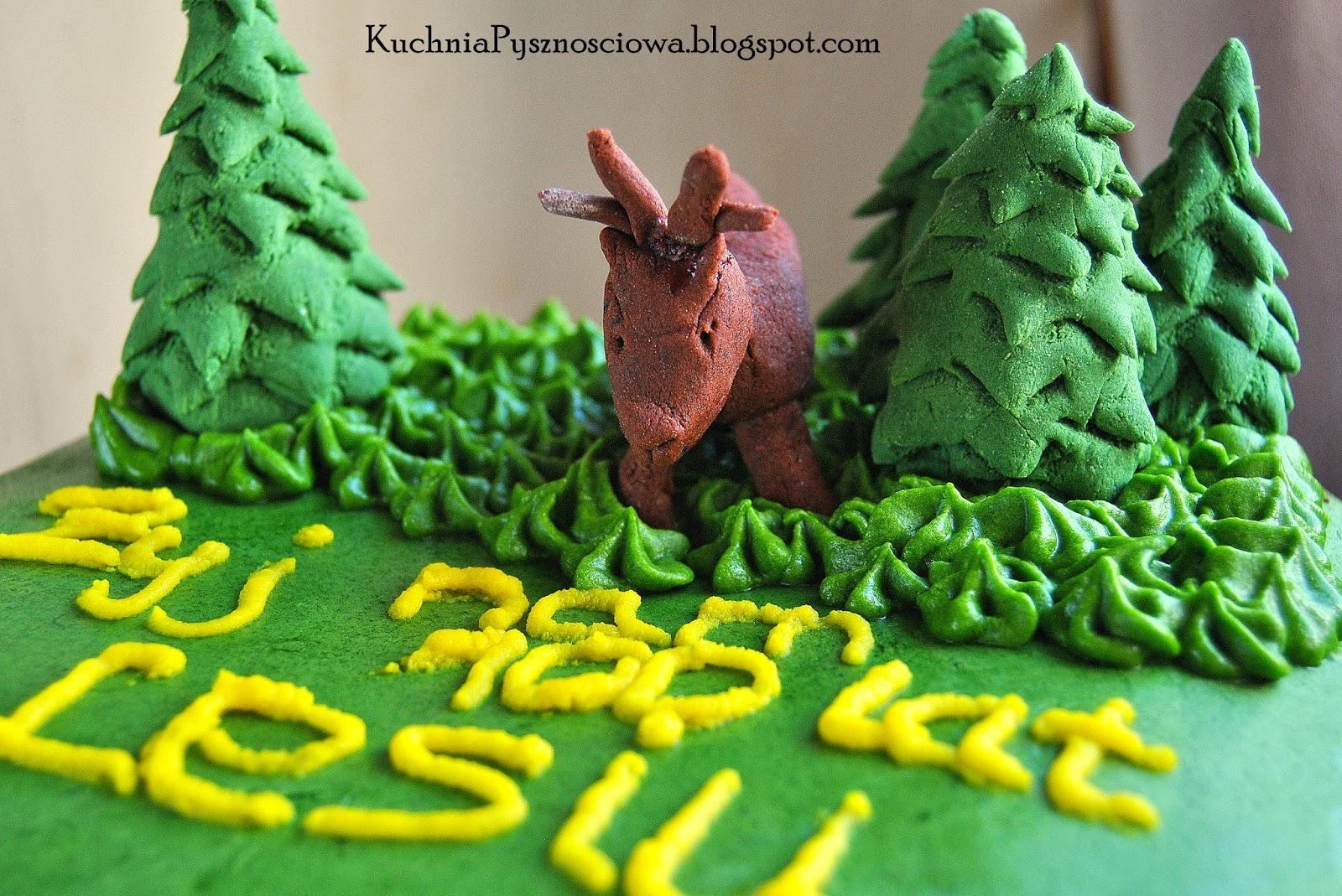 Urodzinowy tort dla leśnika z jeleniem na rykowisku