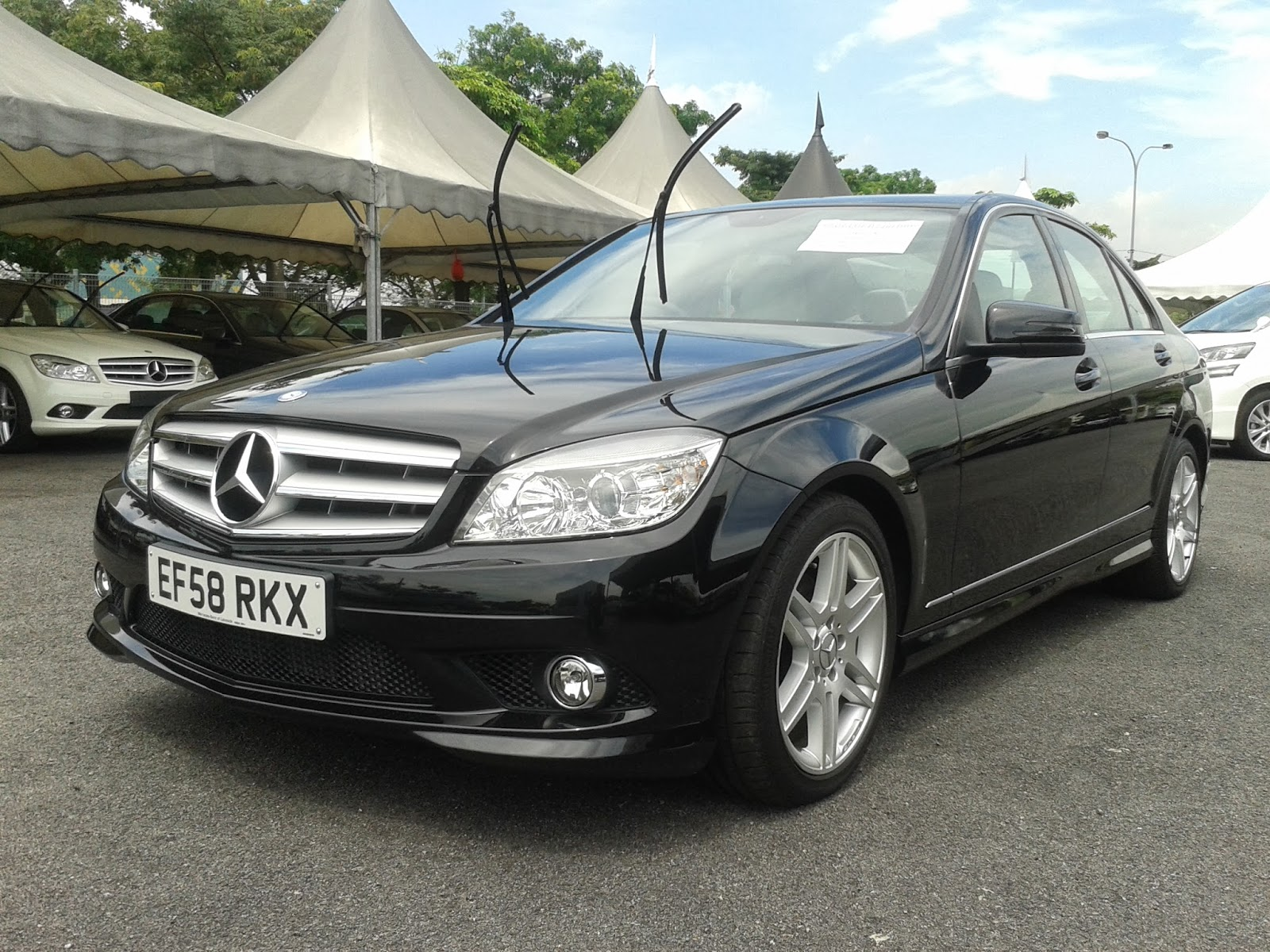 Sehaluan sdn bhd mercedes benz c180 kompressor amg 2009 for Benz mercedes for sale