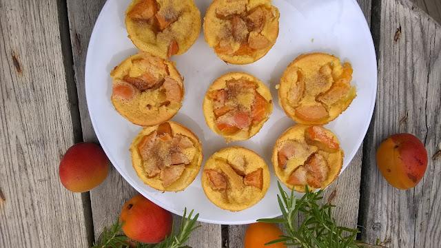 Mini clafoutis abricots-romarin